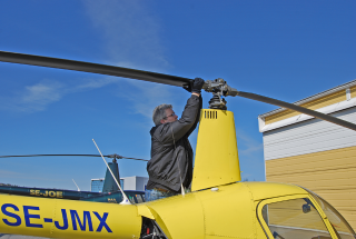 Pre-flight inspection av rotorhuvud